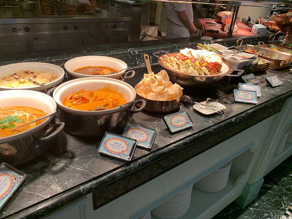 美味しい料理の数々! この他にお寿司やお刺身、カレーなどもありました!