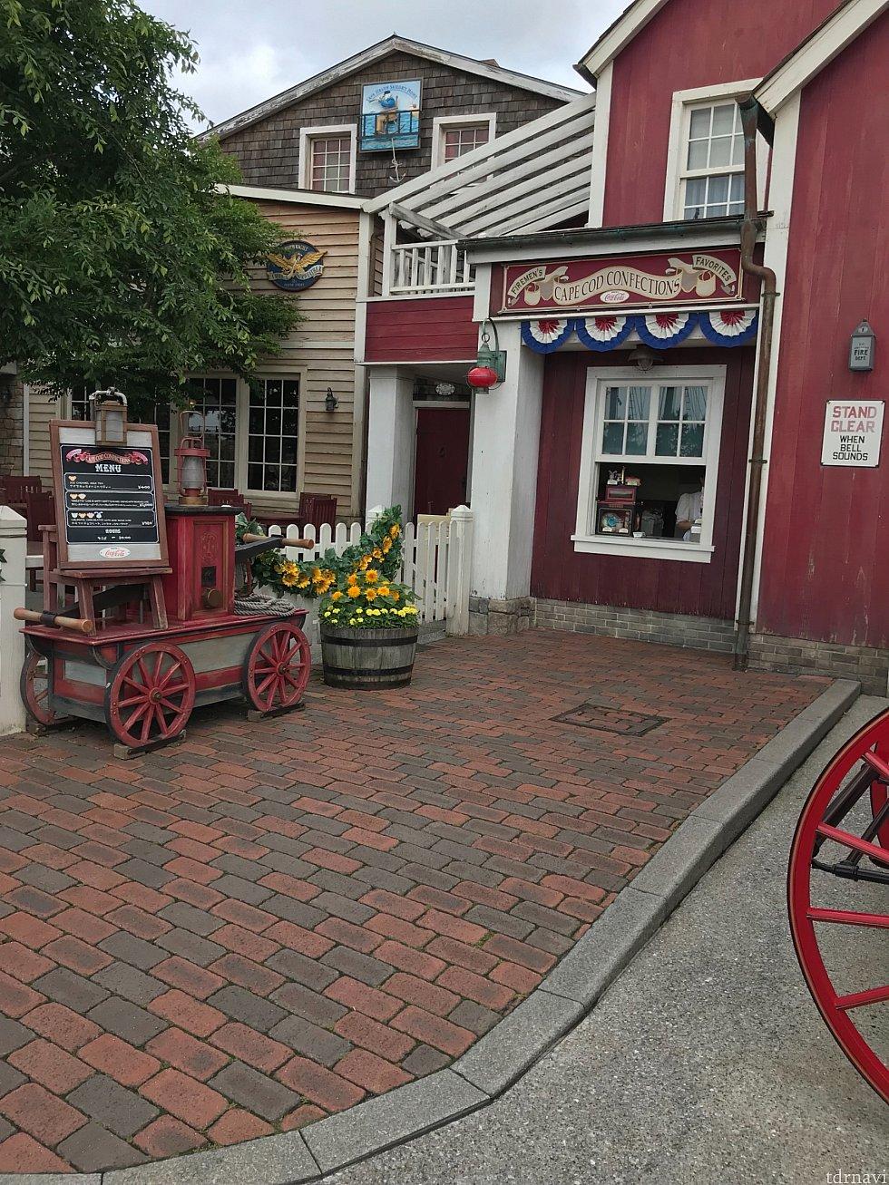 こちらがお店です💡クックオフ入口の左手にあります!