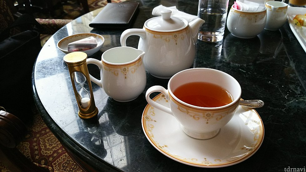 紅茶を心行くまで楽しめます(笑)