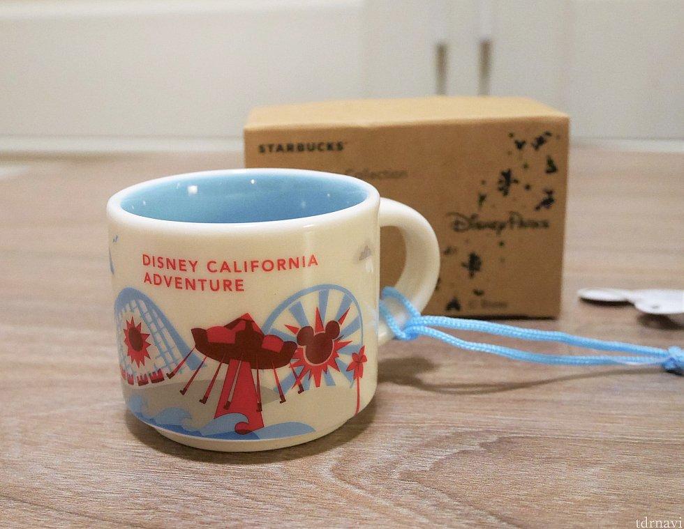 【オーナメント】 ディズニーカリフォルニアアドベンチャー限定 今販売しているマグカップと同じデザインでした。 パラダイスピア周辺のデザイン!ゆくゆくはPixar pierデザインになるのかも