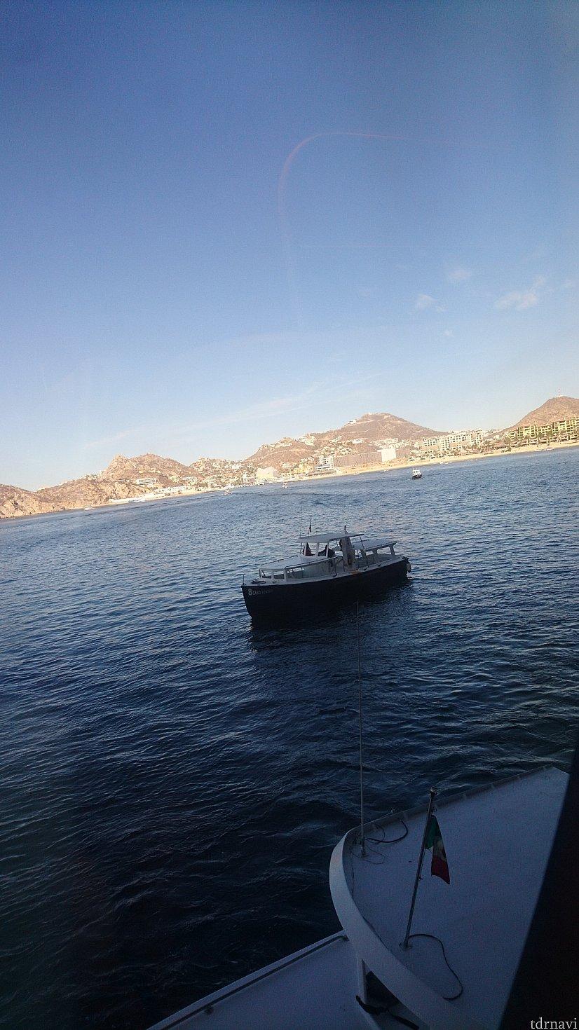 【3日目カボ・サンルーカス】 テンダーボートに揺られて陸を目指します!