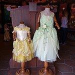 【番外編2】Fairytale Treasuresの店頭はベルとティアナ推しでした。