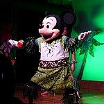 ミッキーのダンスは超カッコいい!!この後みんなで一緒に踊ります!