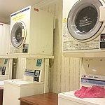 洗濯機と乾燥機のセットが7セットあります