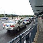 こちらはディズニータウン横のバスターミナルにあるタクシー乗り場です。ラインDにあります。