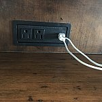 テレビの下USBポート①
