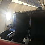 アメリカンエアー機内です!