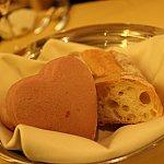 ハートのパンが美味しかったです♪