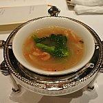 スープも熱すぎないくらいの温度で提供されました!