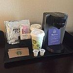 コーヒーメーカーが置いてありますw これも毎日支給されると思いますが、僕は飲みませんでしたw