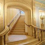 プリンセスと記念撮影したら2階のダイニングへ!