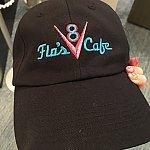 V8カフェのキャップ!かわいすぎて買っちゃいました♪約$25
