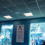 視力検査(笑)