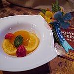 デザートのオレンジとパッションフルーツのゼリー!お口直しにピッタリのさっぱりスイーツでした!