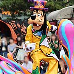 グーフィーは主催者の為、残念ながらパレードには参加しません。
