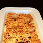 おすすめワッフルプディングです!優しい甘さなのとスイーツにも成りえる料理で朝ならではのメイン料理の1つです。
