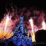 Frozenのシーンでは、眠れる森の美女の城が氷漬けに!
