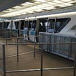 乗り物は好きなのでルンルンしながら向かったら…あぁぁ。この後流れに乗ってバス乗り場へ。