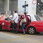 赤タクシーは長蛇の列でした