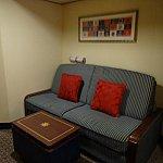 このソファが夜は2段ベッドに変身します!