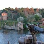 テラスからトムソーヤ島を一望できます。
