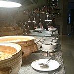 主に中華風の食材が並びます