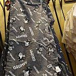 家着のパンツもあるんですね。これ着てリラックスできるんでしょうか。でも柄は「朝は苦手」柄ですので。(笑) $36.99