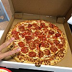 オススメのペパロニピザです!生地はモチモチ系でドッシリしてます!