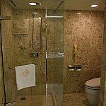 バスタブとシャワーが分かれているのが特徴です。
