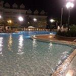 結構寒いのですが、プールに入っていらしてる方をお見かけしました♫