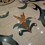 床のデザイン。ティンクもいました!