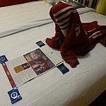 デコレーション前のベッド