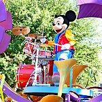 ミッキーのドラムを叩く姿はかっこ良かったですよ〜!