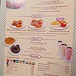 デザートドリンクはシェイクです!V8カフェらしくて最高!