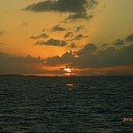 船内から見た夕日