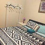だいぶ狭いお部屋ですが、綺麗でした。