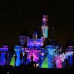 写真がウマく撮れませんでしたがお城に映る煌びやかな星空がとにかく綺麗でした!