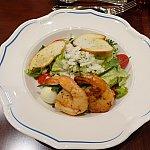 Chefs Royal Salads。上海ディズニーで初めて美味しいサラダを食べました。エビがプリプリ!ドレッシングも美味しくて、これは良かった!