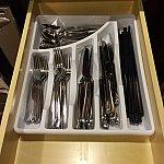 カトラリーフォークやスプーンはもちろんですがお箸もあります!