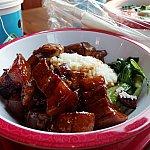 上海紅焼肉(Shanghainese Beef Belly)。牛角煮丼ですね。ごはんがすすみます。