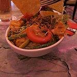 サラダ。ボリュームがあって美味しかったです。