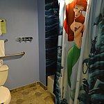 シャワーカーテンがアリエル☆