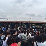 8時5分のセキュリティゲート前の行列。中国は平日なので人が少ないとナメてました😓