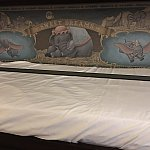 引出しベッドの壁絵はダンボでした!