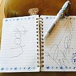 プーさん、ティンカーベルのサイン!TDL25thのティンクの付いているペンを使用しました。ミッキーたちも描かれているので、キャラクターたちには受けが良かったですよ!