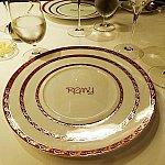 いつも思う・・・このお皿は何用なんだろう、と。