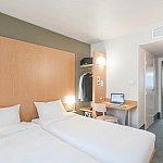 (C) B&B Hotel