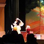 (追加)このショーの主役・ミニーちゃん、神々しい白衣装に身を包みながら「古めかしくって、退屈なの」