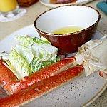 ズワイ蟹には溶かしバターを付けて食べました♪