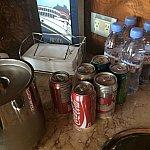 ワンダーには、コンシェルジェラウンジがありません。部屋にジュースやお水がありました♪